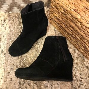 Toms Black Suede Desert High Wedge Ankle Boots